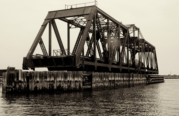 Hackensack River railroad bridge